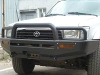 Передний бампер Toyota 4Runner 130