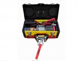 Лебедка redBTR переносная в ящике 3500 lbs (1587 кг)