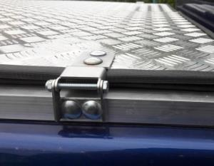 Петля для алюминиевой крышки пикапа